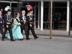 010Ausholen des neuen Königspaares und Parade