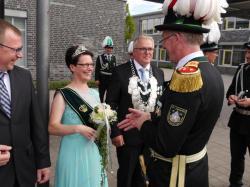 014Ausholen des neuen Königspaares und Parade
