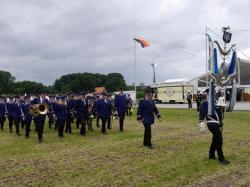 K640_008_07-29-2017-antreten-des_bataillons_ausholen_königspaar