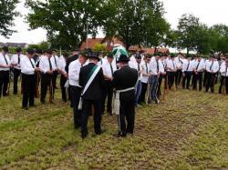 K640_013_07-29-2017-antreten-des_bataillons_ausholen_königspaar