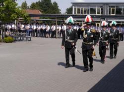 016Antreten des Bataillons Ausholen Königspaar
