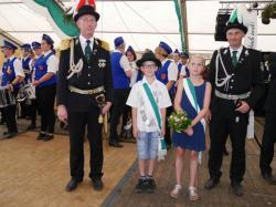 026Ausholen des neuen Königspaares und Parade