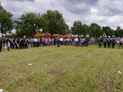 011_07-30-2017-ausholen_neues_königspaar_und_parade