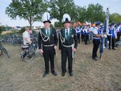 08-04-2019-Ausholen neues Königspaar und Parade (3)