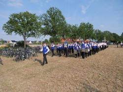 08-04-2019-Ausholen neues Königspaar und Parade (6)