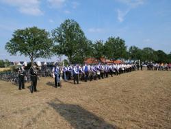 08-04-2019-Ausholen neues Königspaar und Parade (4)
