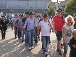 08-04-2019-Ausholen neues Königspaar und Parade (32)